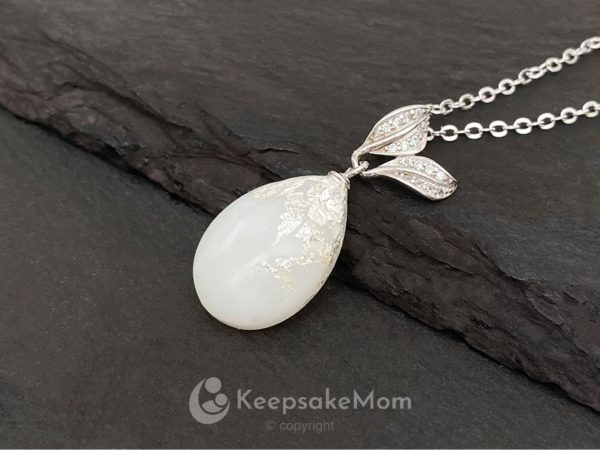 KeepsakeMom Breastmilk Jewelry Breastmilk Necklace, Silver Laurel, Silver