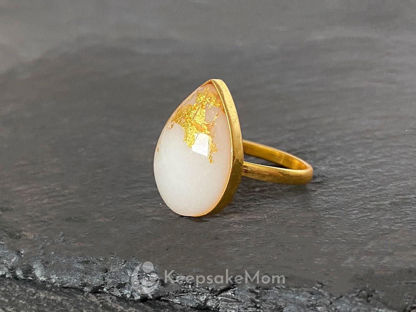 KeepsakeMom Breastmilk Jewelry Breastmilk Ring, The Original Ring, Yellow Gold, Gold Flakes
