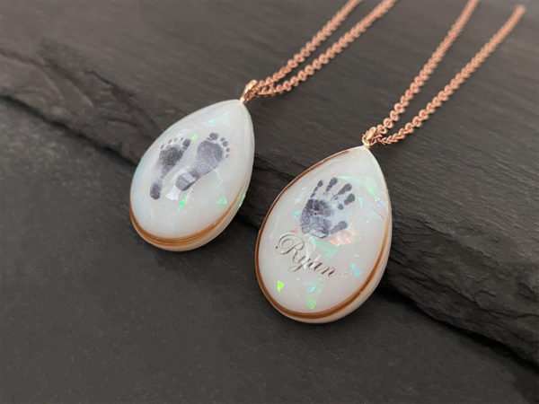 KeepsakeMom Breastmilk Jewelry Breastmilk Necklace, Angel Prints, Hand & Foot, Rose Gold, Profile