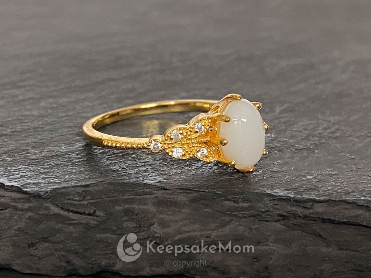 KeepsakeMom-Breastmilk-Jewelry-Breastmilk-Ring-Forever-Love-Yellow-Gold-profile