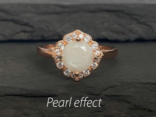 KeepsakeMom Breastmilk Jewelry Breastmilk Ring Milky Brilliance Rose Gold pearl effect clear background pearl effect