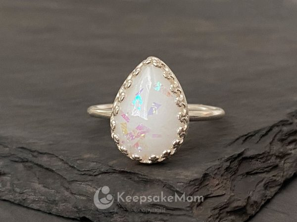 KeepsakeMom-Breastmilk-Jewelry-Breastmilk-Ring-Little-Star-Silver-Opal-Crown-Ring-Petite