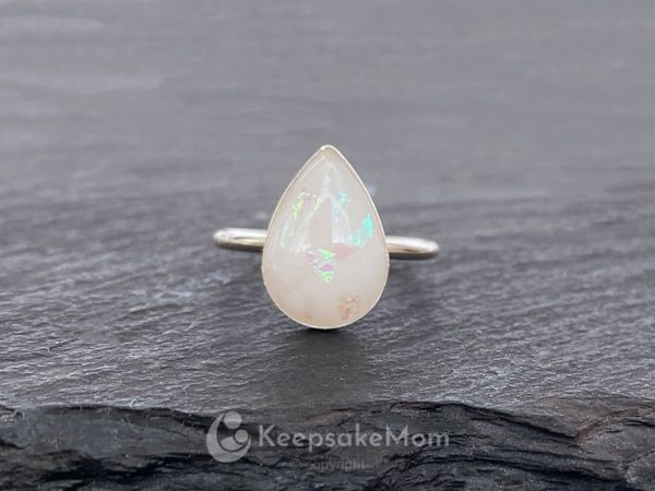 KeepsakeMom-Breastmilk-Jewelry-Breastmilk-Ring-Little-Star-Silver-Opal-Ring-Petite