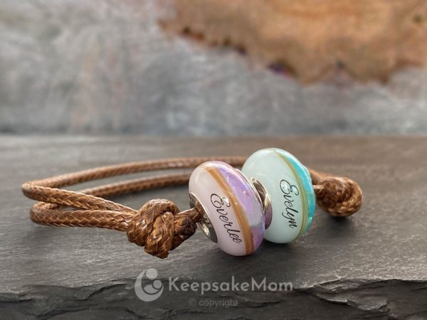 KeepsakeMom-Breastmilk-Jewelry-Breastmilk-birthcolor-beads
