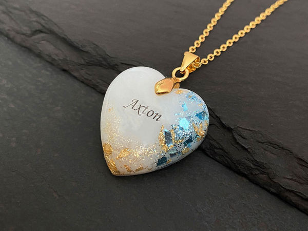 KeepsakeMom-breastmilk-jewelry-breastmilk-necklace-Golden-Boy-blue-gold