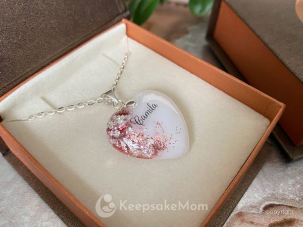 breastmilk-heart-necklace-pink-silver-name