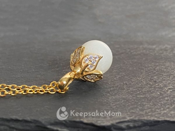 breastmilk-necklace-gold-pearl-pearl-powder-bail