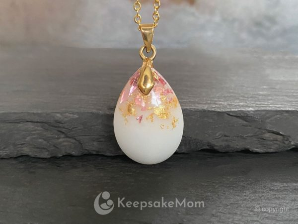 breastmilk-necklace-drop-pink-gold